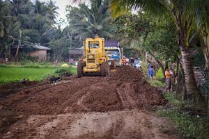 Road building in Philippines